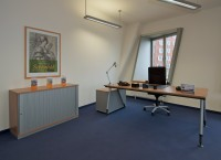 Büro: Neuer Zollhof 3 in Düsseldorf